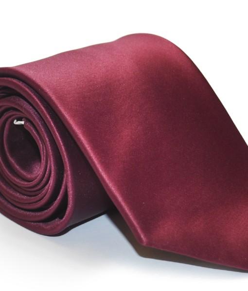 cravatta rosso scuro